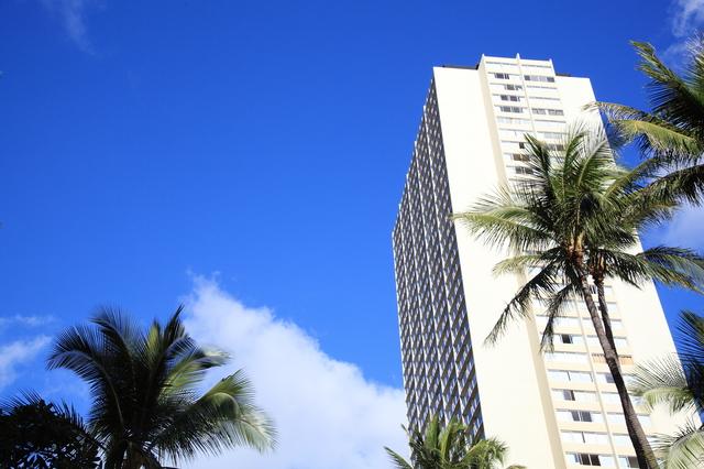 グアムで日本人3名が死亡する通り魔事件が発生。スリや強盗も多数発生のグアム。
